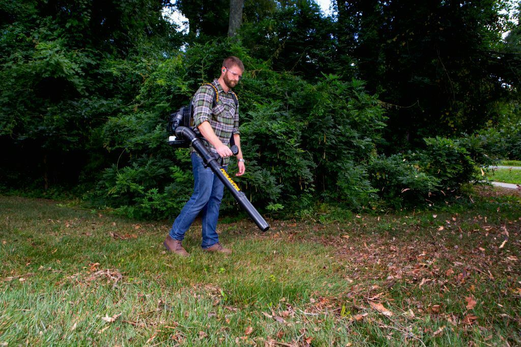 Poulan Pro leaf blowers: Backpack Gas-powered Reviews